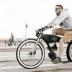 海が似合うビーチクルーザータイプな電動自転車「ruffian electric bike」